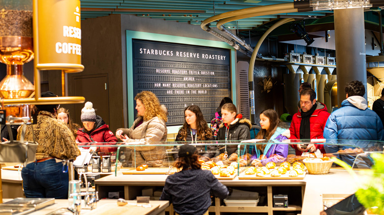 People waiting at Starbucks Princi bakery