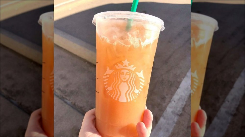 Starbucks peach drink