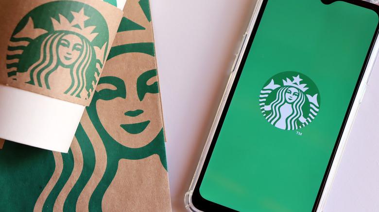 Starbucks order with reward app on phone