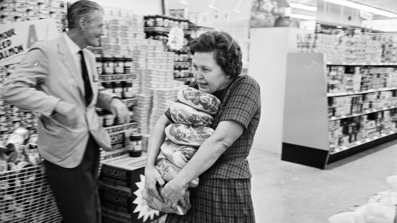 """Black and white screengrab of """"Supermarket Sweep"""" in the 1960s"""