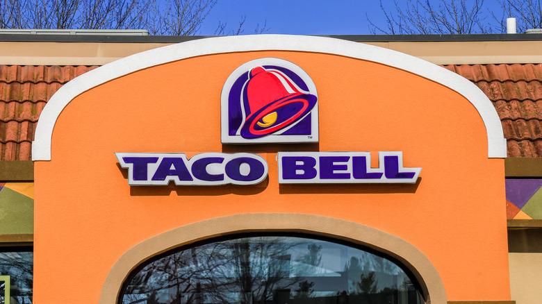 Fast food restaurant Taco Bell
