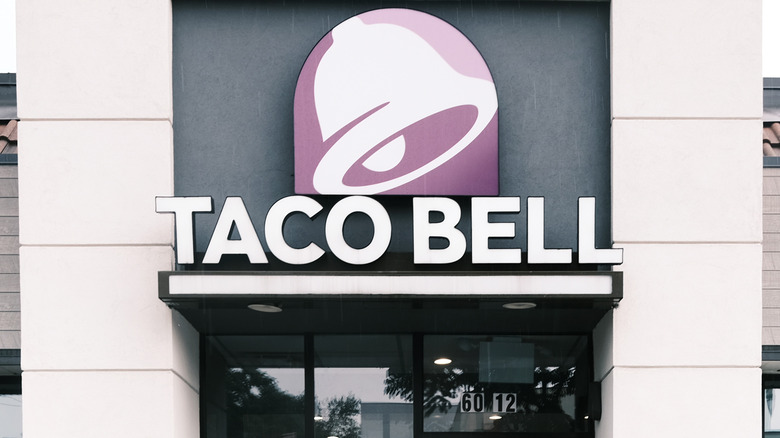 Taco Bell store