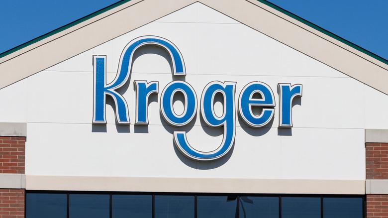Kroger storefront sign