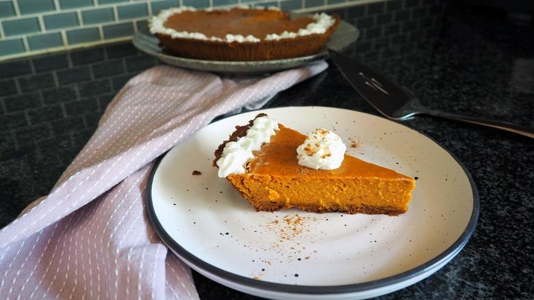 The best 5-ingredient pumpkin pie recipe