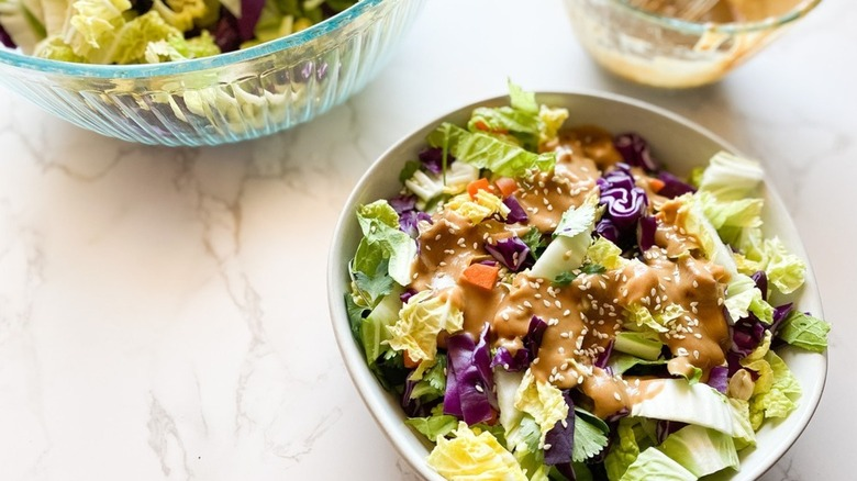 cabbage salad with dressing
