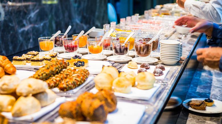 File: pre-COVID Breakfast buffet