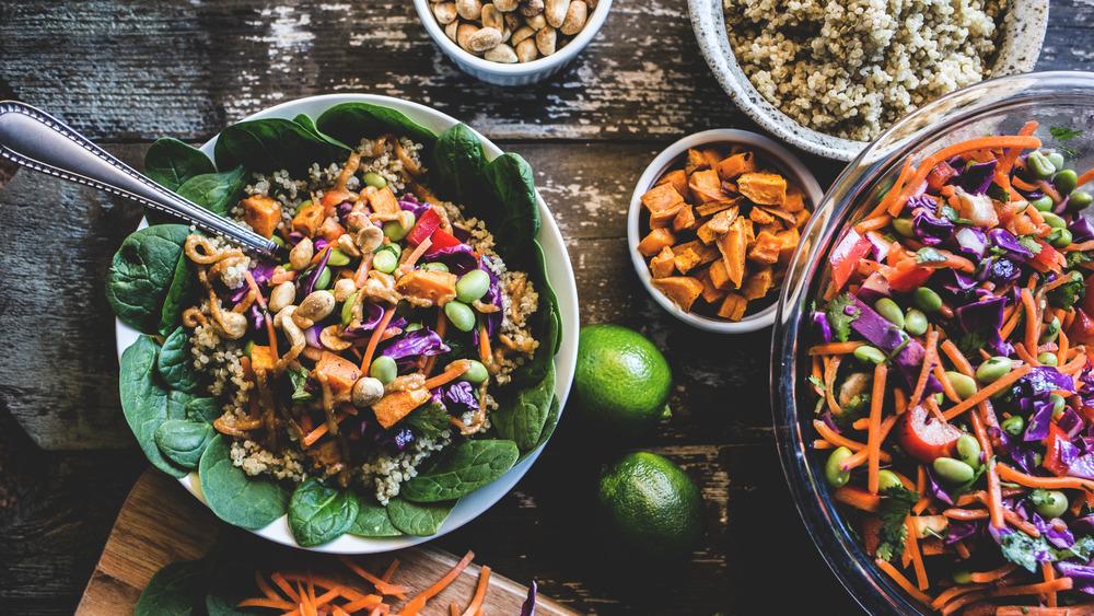 Grain bowl with veggies
