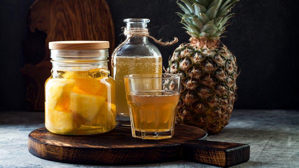 tepache, fermented pineapple drink