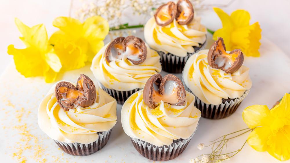 Cadbury Creme Eggs cupcakes