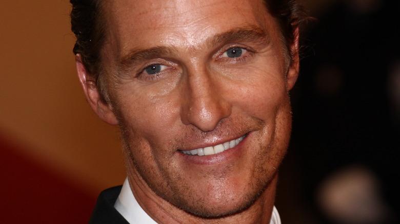 Matthew McConaughey posing