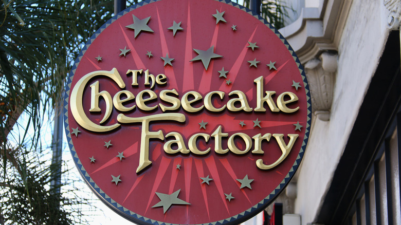 Cheesecake Factory signage