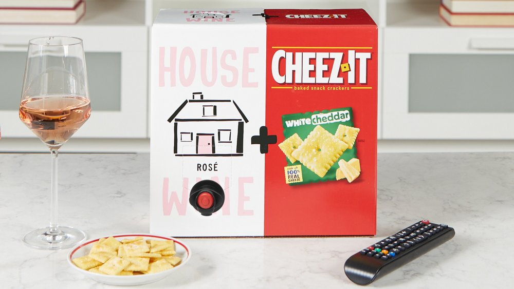 Cheez-It and House Wine Rose and White Cheddar combo box
