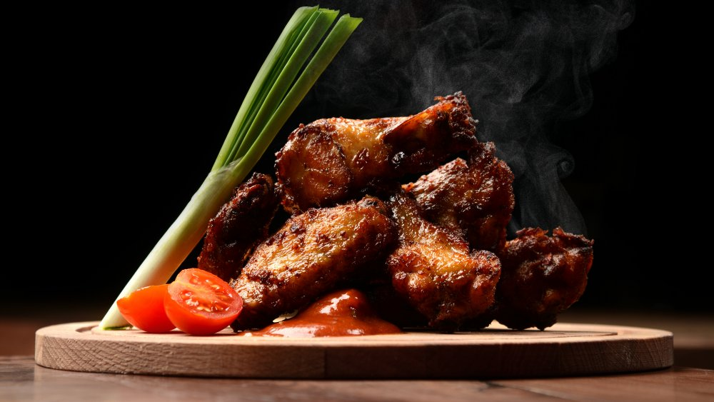 Steaming chicken wings