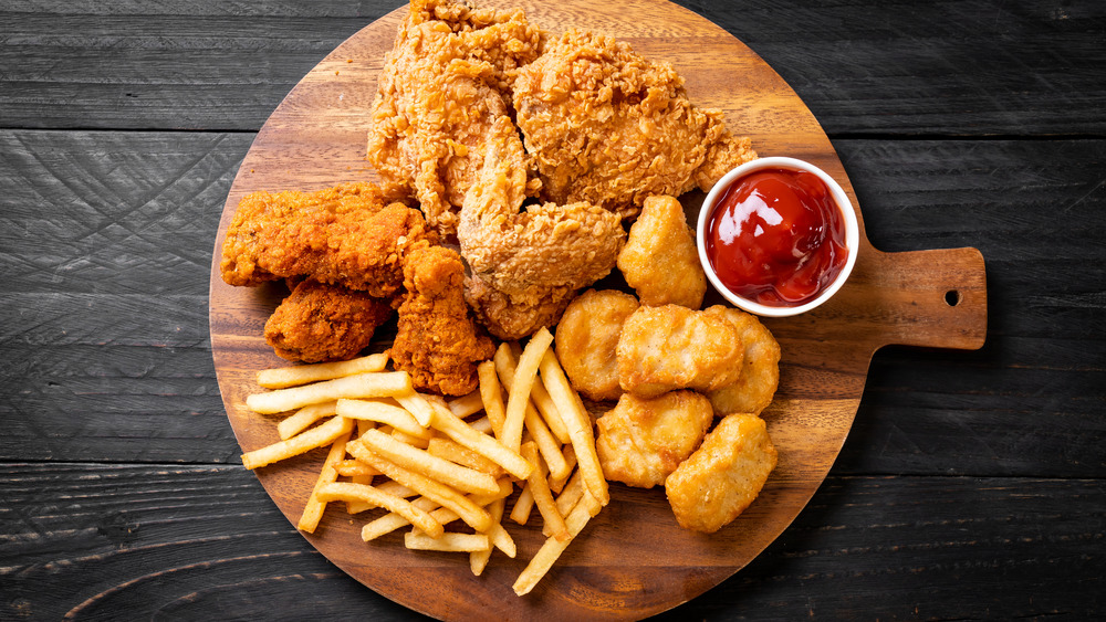 Fried chicken with fries