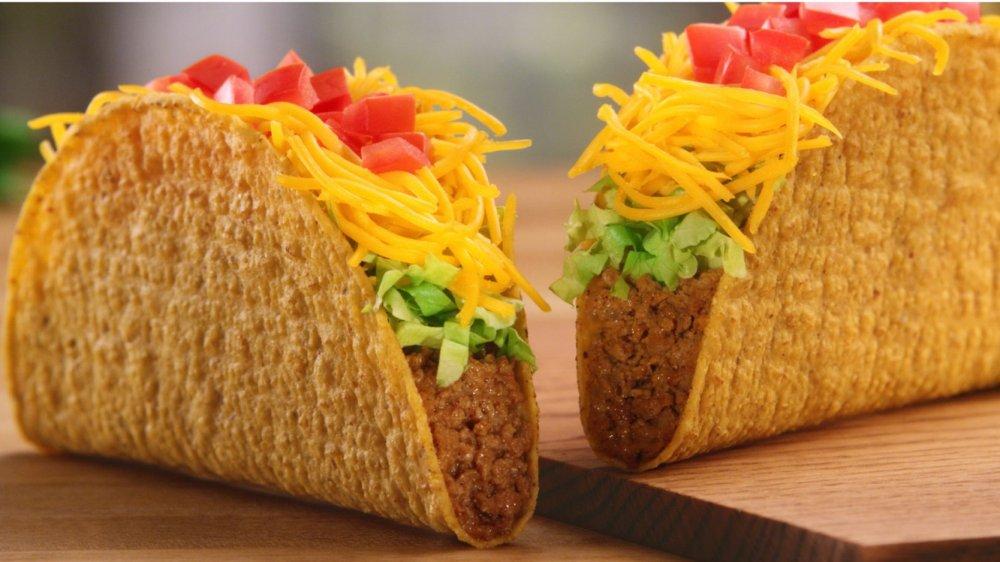 Two Del Taco tacos