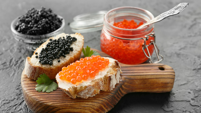 Roe and caviar on small toasts