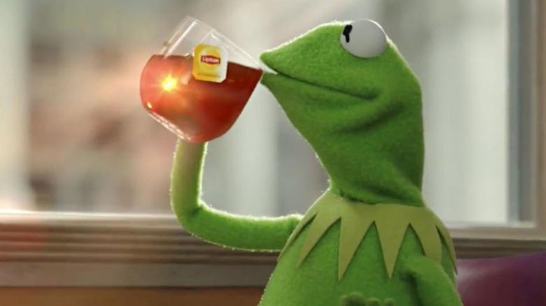 Kermit drinks tea