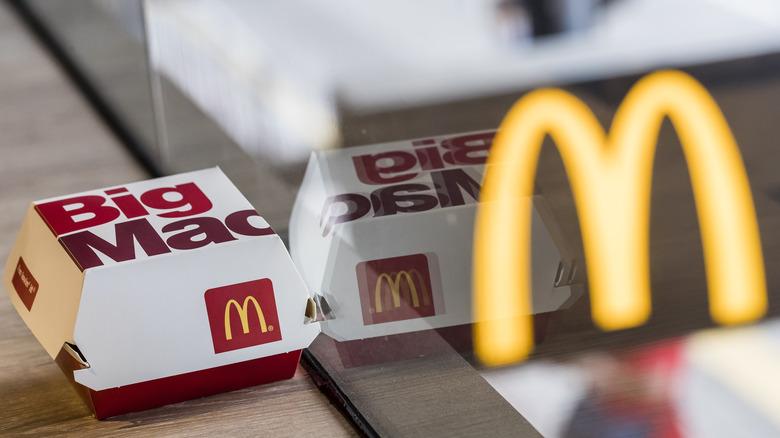 Big Mac box reflection