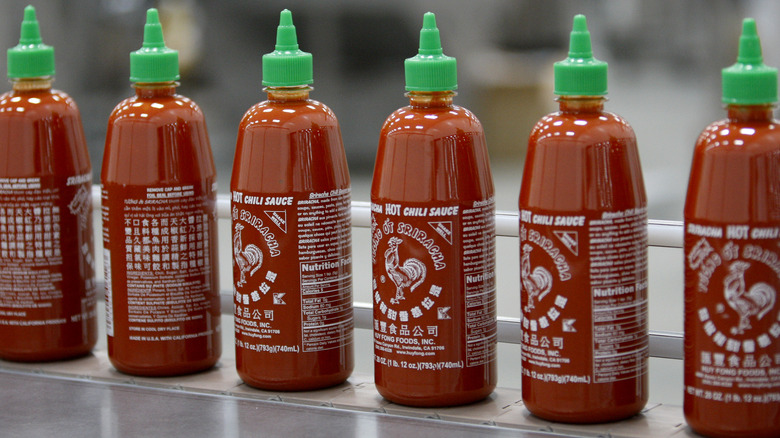 Huy Fong Sriracha bottles
