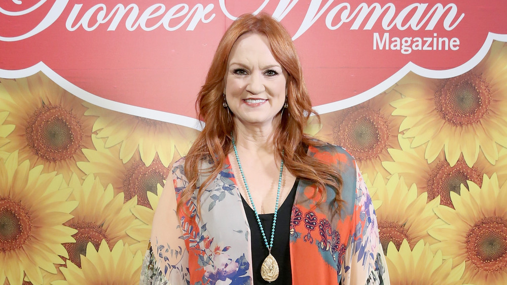 Ree Drummond smiling with necklace