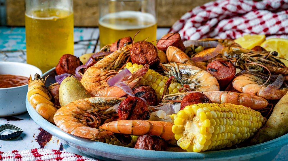 Platter of southern shrimp boil