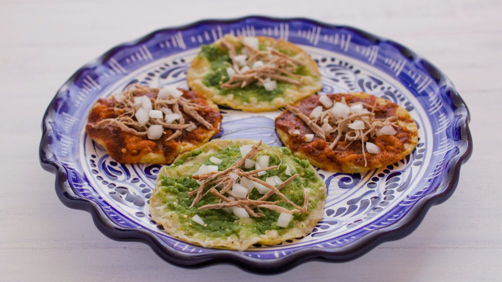 A plate of chalupas