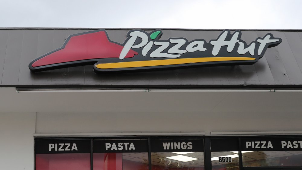 Pizza Hut exterior in Florida