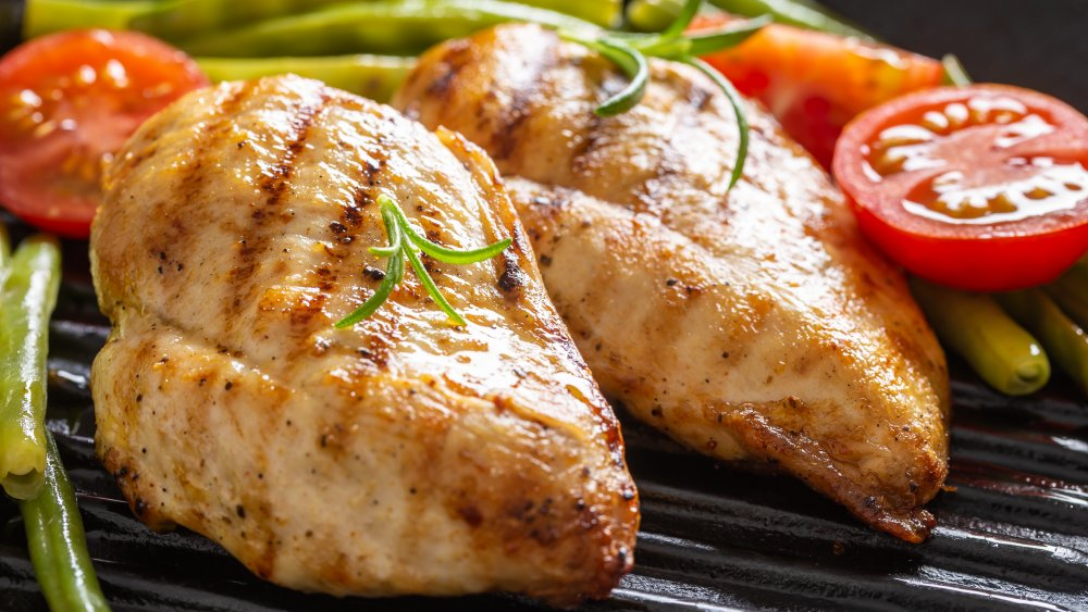 Food porn starring chicken breasts