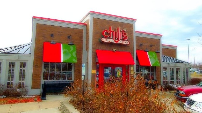 Chili's grill and bar storefront