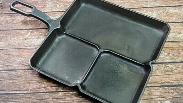 Colonial skillet on wooden surface