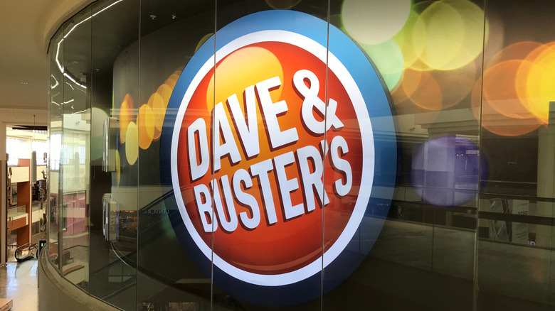 Dave & Buster's logo sign on the wall