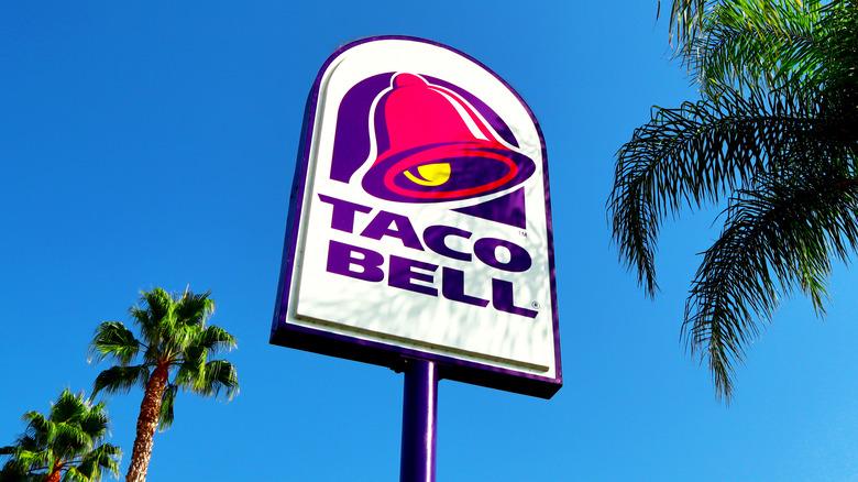 Taco Bell sign outside the establishment