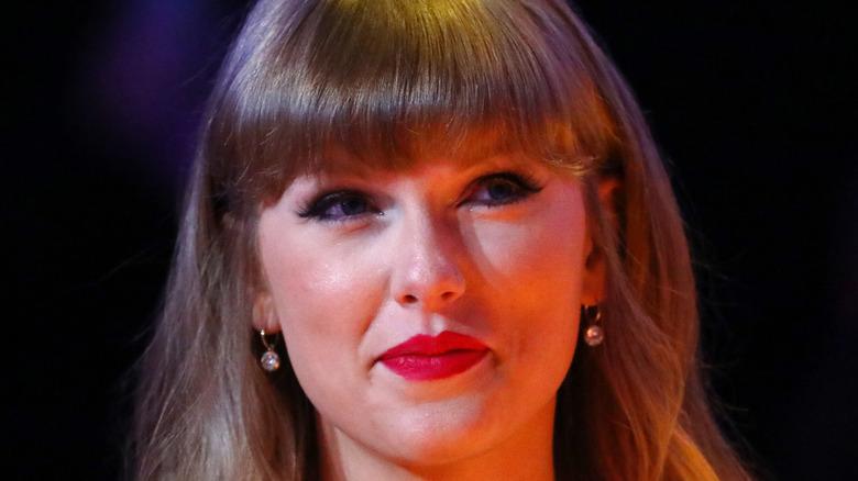 Taylor Swift close-up