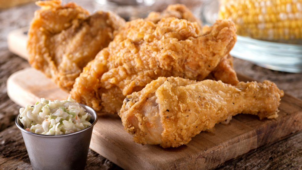 Fried chicken with traditional sides