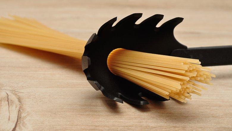 spaghetti in spoon