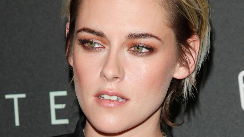 Kristen Stewart close-up