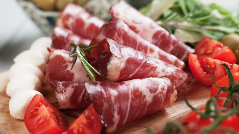 Slices of capicola