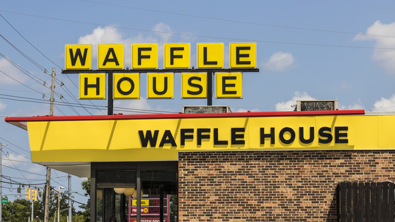 Waffle House storefront