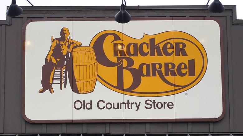 Cracker Barrel signage