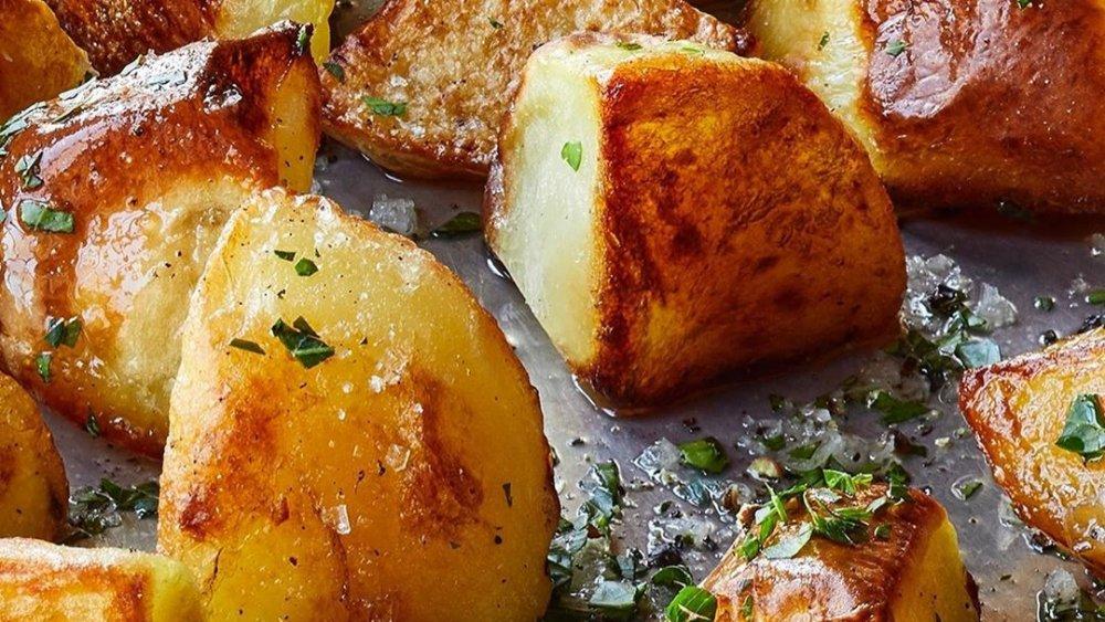 Emily Blunt's roast potatoes