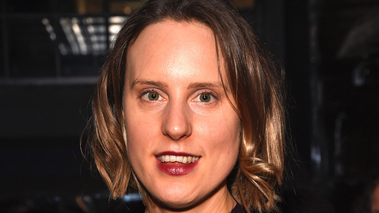 Frances Quinn in red lipstick