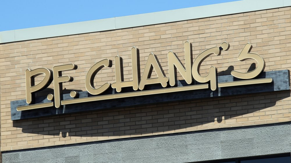 pf changs store sign