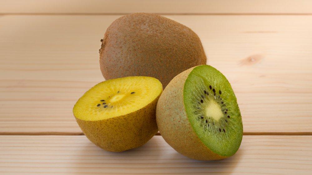 gold and green kiwifruit