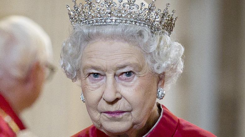 Queen Elizabeth wearing crown