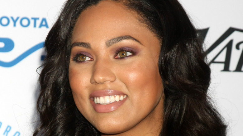 Ayesha Curry smiling at event