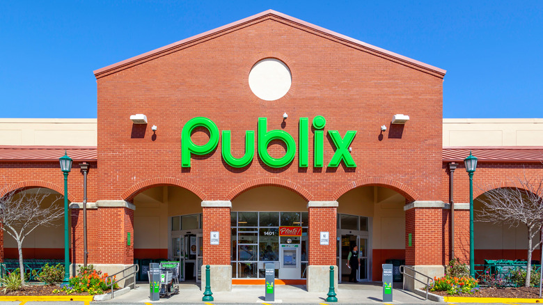 Outside a Publix Store with green logo