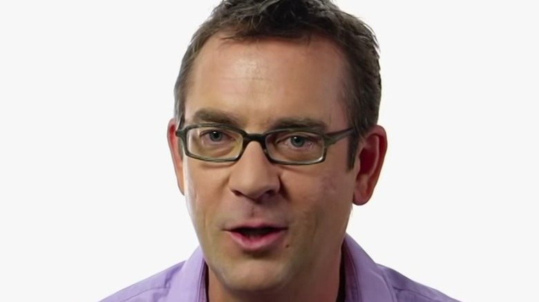 Ted Allen discussing food