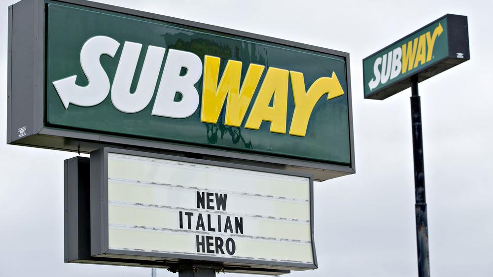 A Subway sign