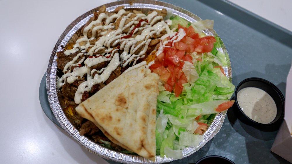halal, gyro, chicken, white sauce
