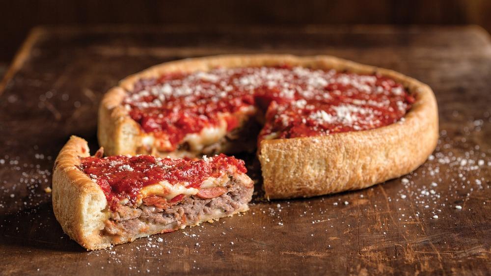 Uno Pizzeria deep dish sausage pizza